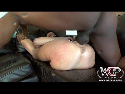 WCP Club Nymphomaniac Veronica Avluv squirts on a BBC