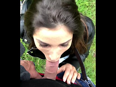Public blowjob in Paris by French girl Clea Gaultier