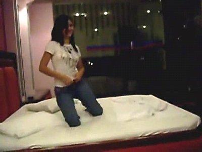 porno video por En el hotel con una amiga
