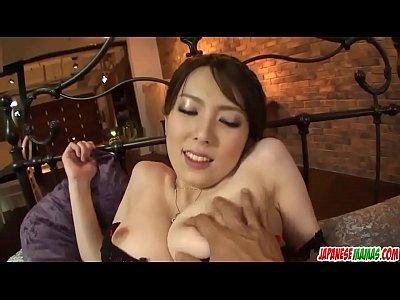 Yui Hatano sucks it wet before putting it into ...