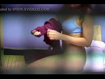 citas sexuales en Linda Y Tetona Chica Es Grabada en El Vestidor