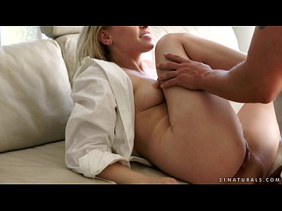 Lola Taylor Awesome Anal Ride and Creampie