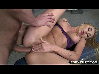 Marilyn Crystal enjoys rough face fuck and anal sex