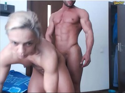Gorgeous couple of bodybuilders on web-cam /no sex /no sound