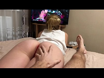 Dissatisfied step sister seduces brother with her lush ass