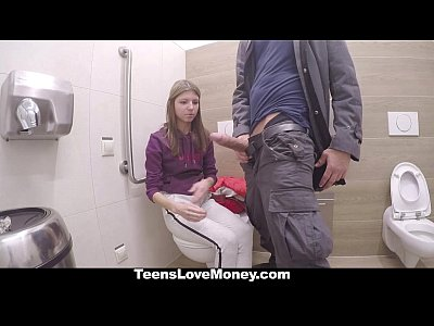 TeensLoveMoney – Russian Babe Fucks Stranger For Money