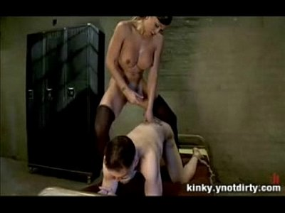 peliculas gratis de He struggles, she thrusts harder in his tight ass