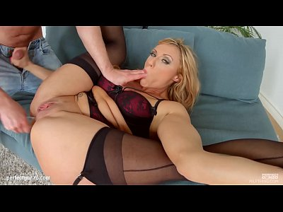 Mature hottie Brittany Bardot hardcore gonzo scene on Milf Thing