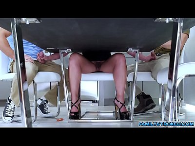 Hot 3some with Busty MILF neighbor Phoenix MarieQUALITY RENDER MP4[0]