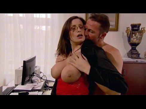 Порно видео онлайн секс с начальником