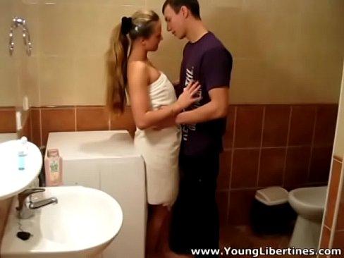 young libertines - passionate fuck lea in a bathroom