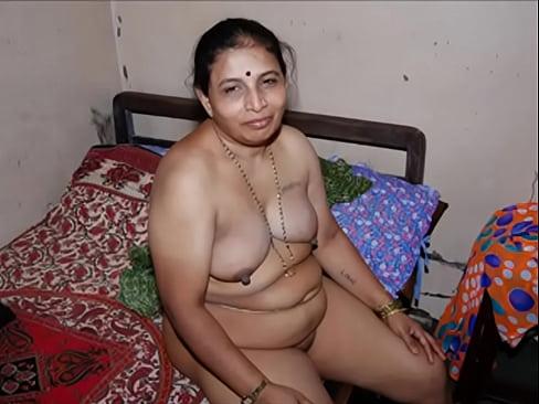 Indian milf having sex