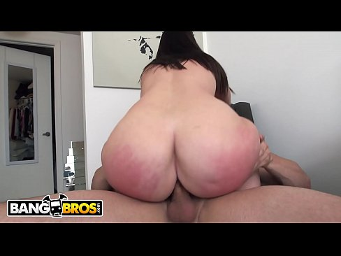 can not with i want to give my friend a blowjob not right