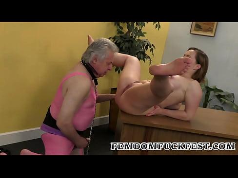 Amateur Wife Cuckold Gangbang