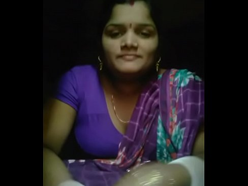 Odia Hot Desi Bhabi Sex Talk With Expression &amp_ Boobs Showing's Thumb