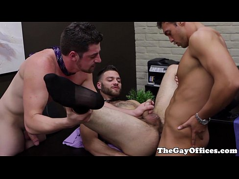 Muscular office hunks office threeway