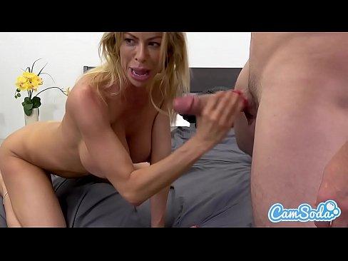 Alexis is a sexy bitch webcam