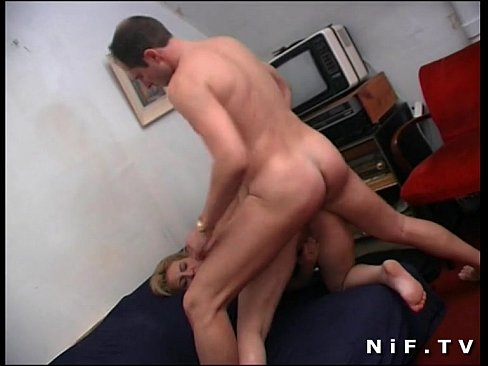 Amateur french blonde slut gets anal fucked on the sofa