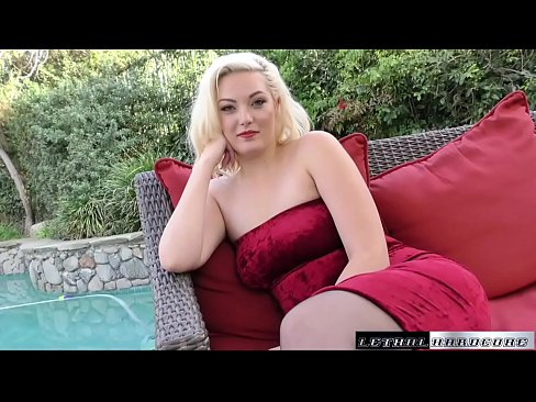 Jenna blows and fucks stepbrother for a thick load's Thumb