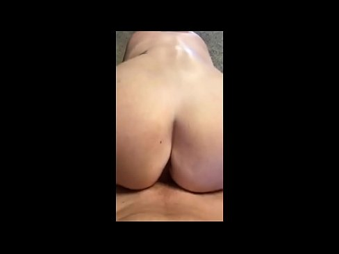 desperate hooker sucks me off and fucks bareback