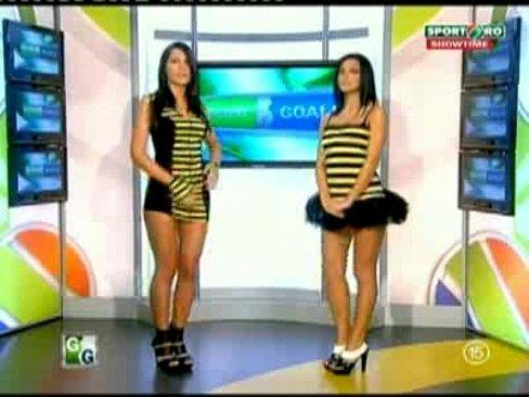 Goluri si Goale ep 14 Miki si Roxana (Romania naked news)'s Thumb
