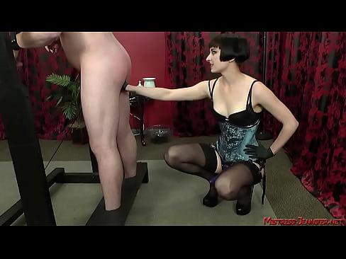 slave Femdom mistress