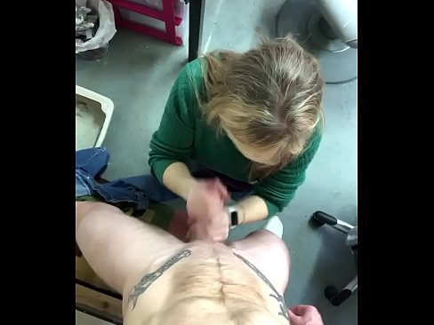 Hairdresser mommy taking thick uncut cock hard and fast