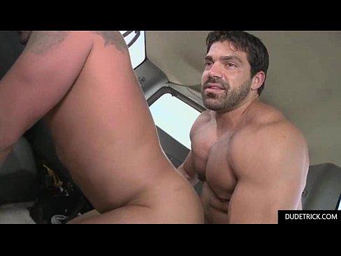 Big Muscular Guys Fucking