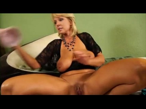 Gorgeous milf loves monster dildo