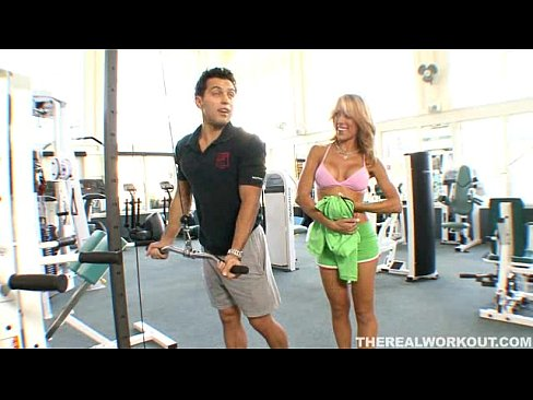 Download bokep Nice Titted Capri Cavalli Seduces Her Trainer And Gets A Private Workout terbaru - BokepSave.Info
