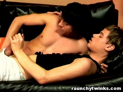 Teen Twinks Exchange Blowjob And Anal Bareback