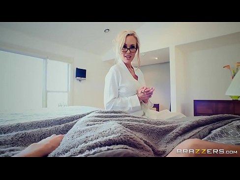 Brazzers – Brandi Love – Mommy Got Boobs