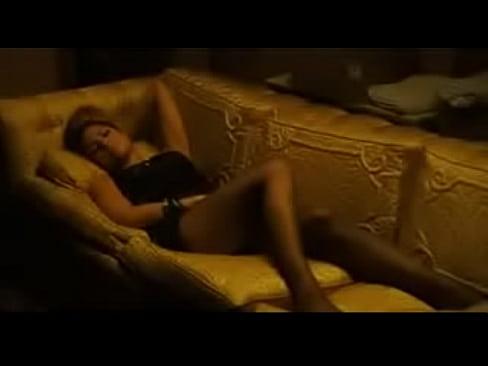 Celeb Eva Mendes Bold Scene