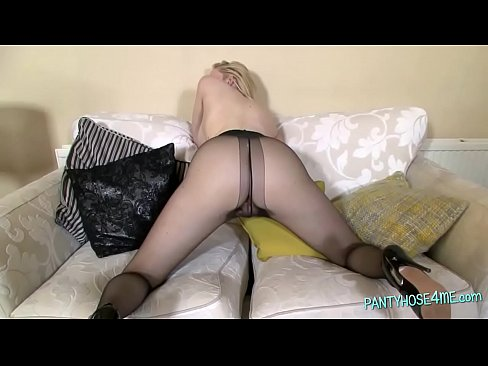 Amateur wives stretched at gloryhole xxx