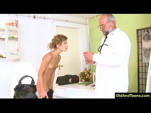 forcé oral vidéos de sexe grosse queue dans votre chatte