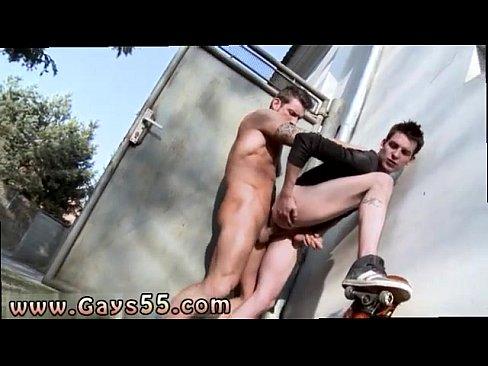 Naked car wash girls