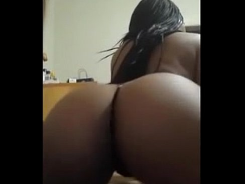Sexy hot girls twerking naked