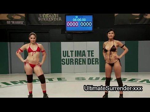 Lesbian wrestlers deep throat strapon dildo blowjob on matsXXX Sex Videos 3gp