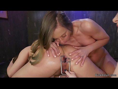 Blonde lesbian makes hot babes anal fucking