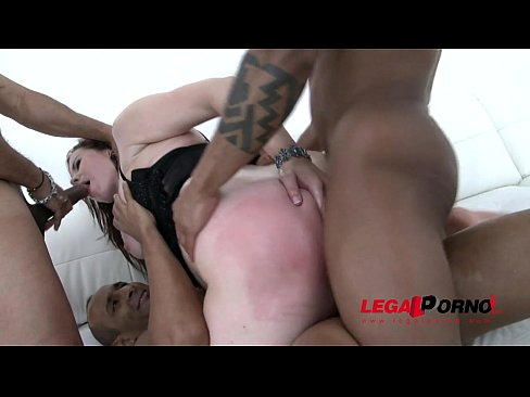 Carol Wings first time in studio: 3on1 Airtight DP (PAWG anal) SZ1145