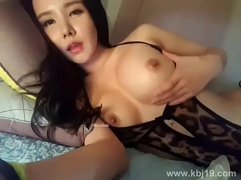 Casting asian panties woman