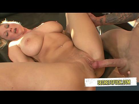 Famous boob women