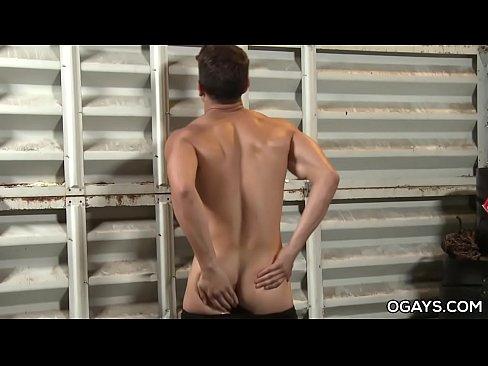 Hung luciano strokes his big cock