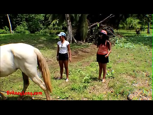 Real amateur teens heather deep and girlfriend LOVE HORSE COCK's Thumb