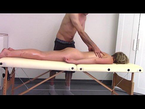 erotische massage dresden corsage für männer