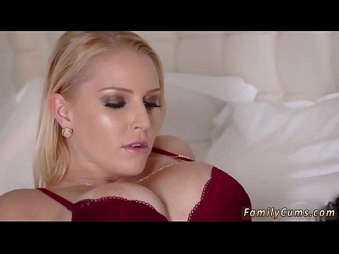Filme Porno De La Tara Cu Verisoara Fututa De Varul Ei Taran