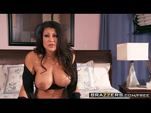 got boobs mommys