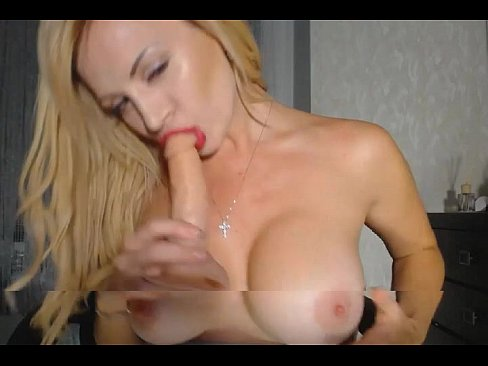 Big Tits Cam Babe Plays Her Pussy on www.nudycams.com's Thumb