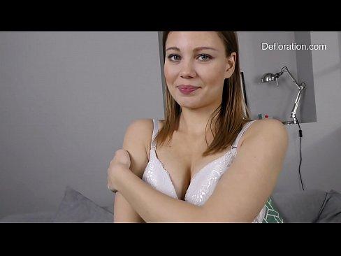 Lisa kudrow sexy gif