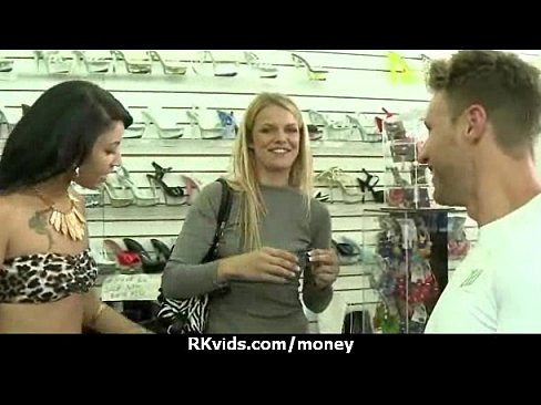 hvad er 1 euro i danske kroner sexklub odense